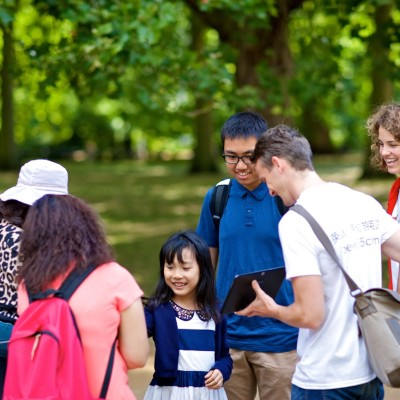Native British Mandarin-speaking guides